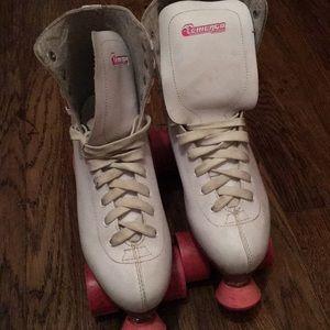 Shoes - Retro roller skates